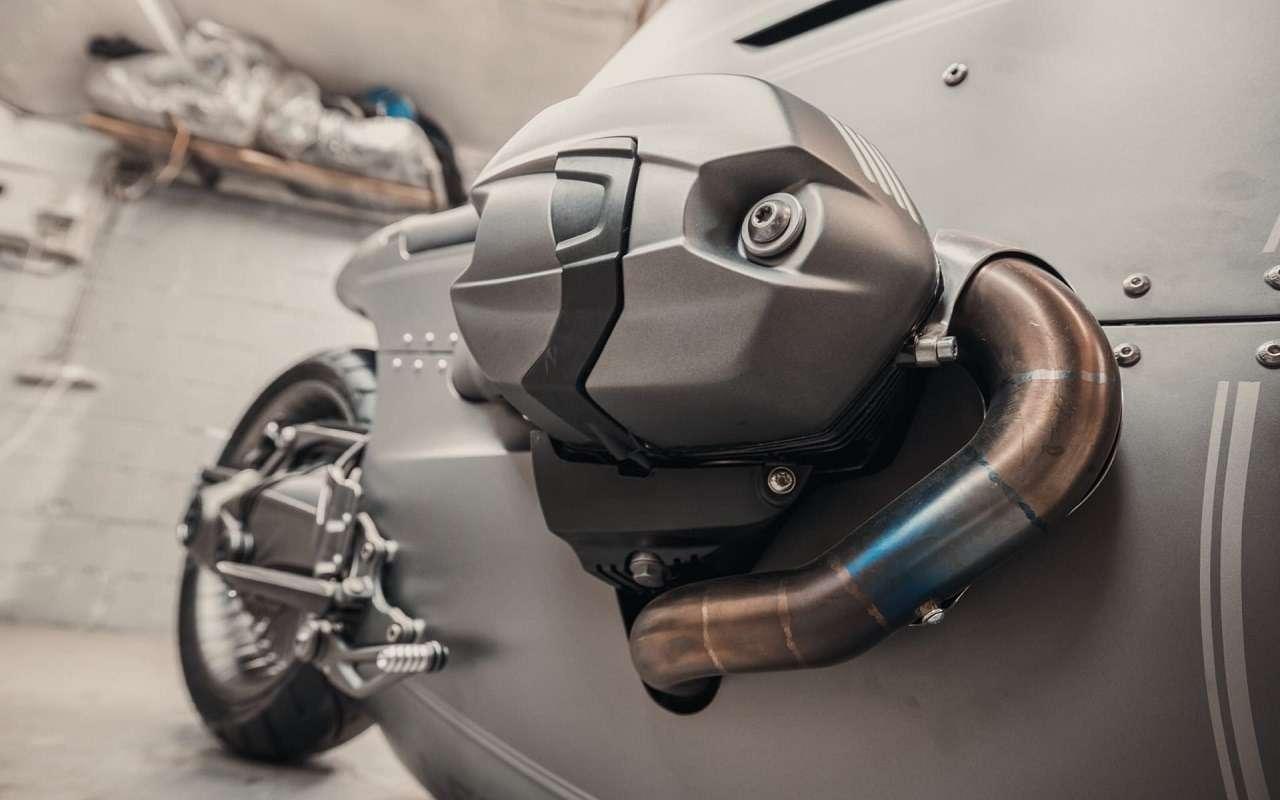 Это вообще реально? Российский мастер создал мотоцикл позаказу BMW Motorrad— фото 1138775