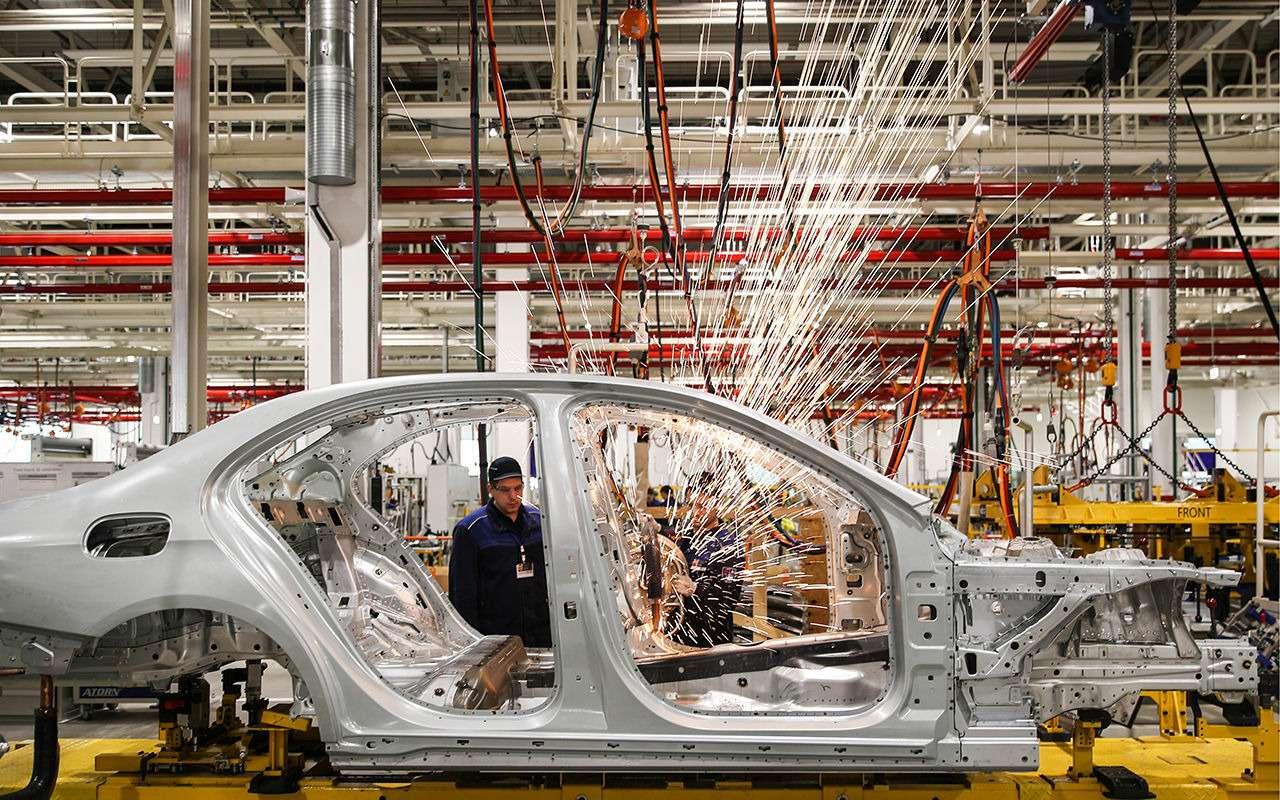 Путин открыл российский завод Mercedes-Benz— фото 963017