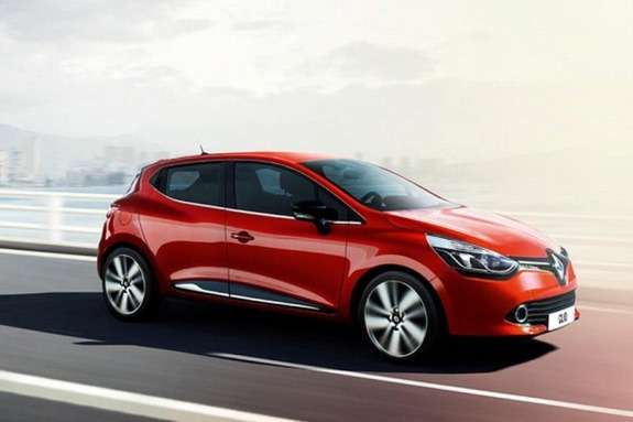 NewRenault Clio side-front view