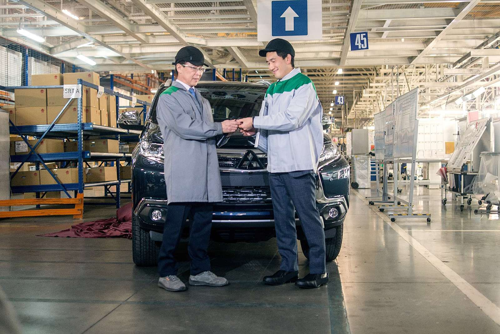 Mitsubishi вернула Pajero Sport накалужский конвейер. Что будет сценами?— фото 826892