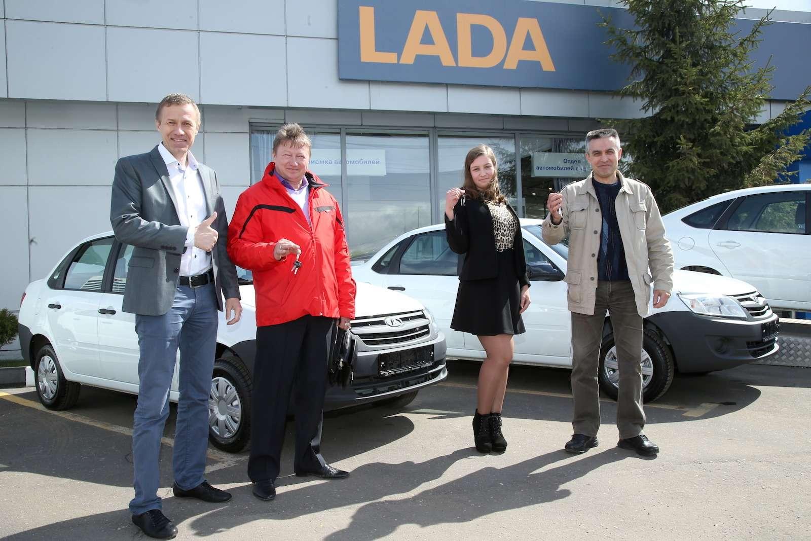 Гран-при «Зарулем»: ключи оттрех Lada Granta переданы победителям— фото 580060