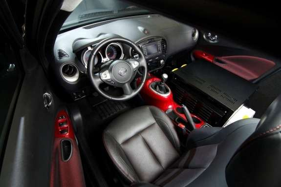 Nissan Juke Box inside