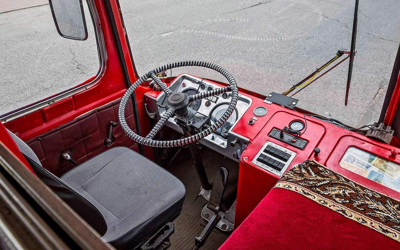 Автобус ЛиАЗ-677— ретротест под«звон бутылок»— фото 793189
