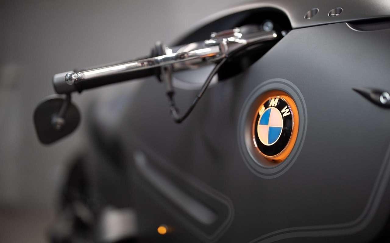 Это вообще реально? Российский мастер создал мотоцикл позаказу BMW Motorrad— фото 1138771