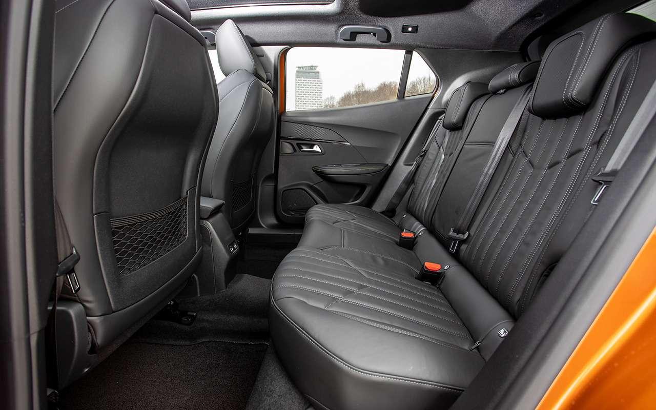 Peugeot 2008: 5плюсов ипара недочетов (помимо цены)— фото 1225065