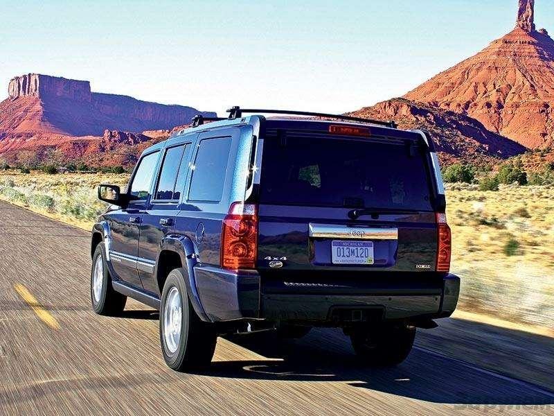 Презентация Jeep Cherokee, Jeep Commander: Время разбрасывать камни— фото 91304