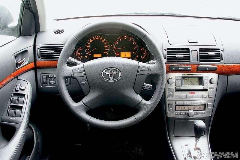 Тест Toyota Avensis. Врасцвете сил— фото 67990