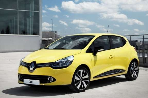 Renault Clio side-front view