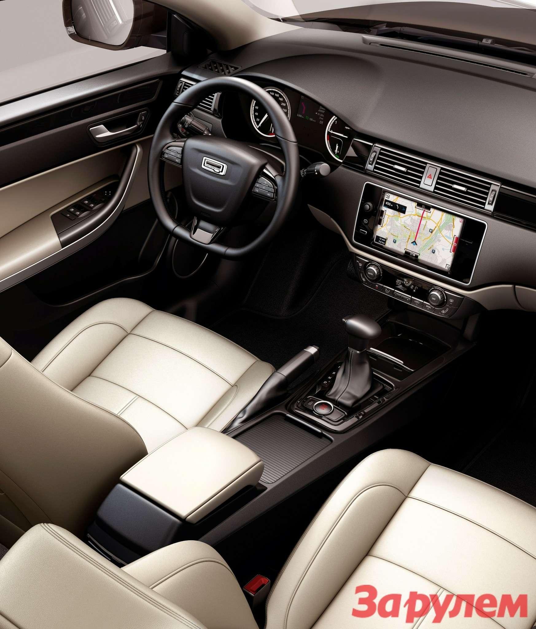 649728_Qoros 3Sedan— interior— driver's side