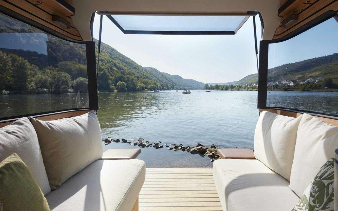 Кровать подкрышей ипанорамные окна— вот автодом будущего— фото 995107