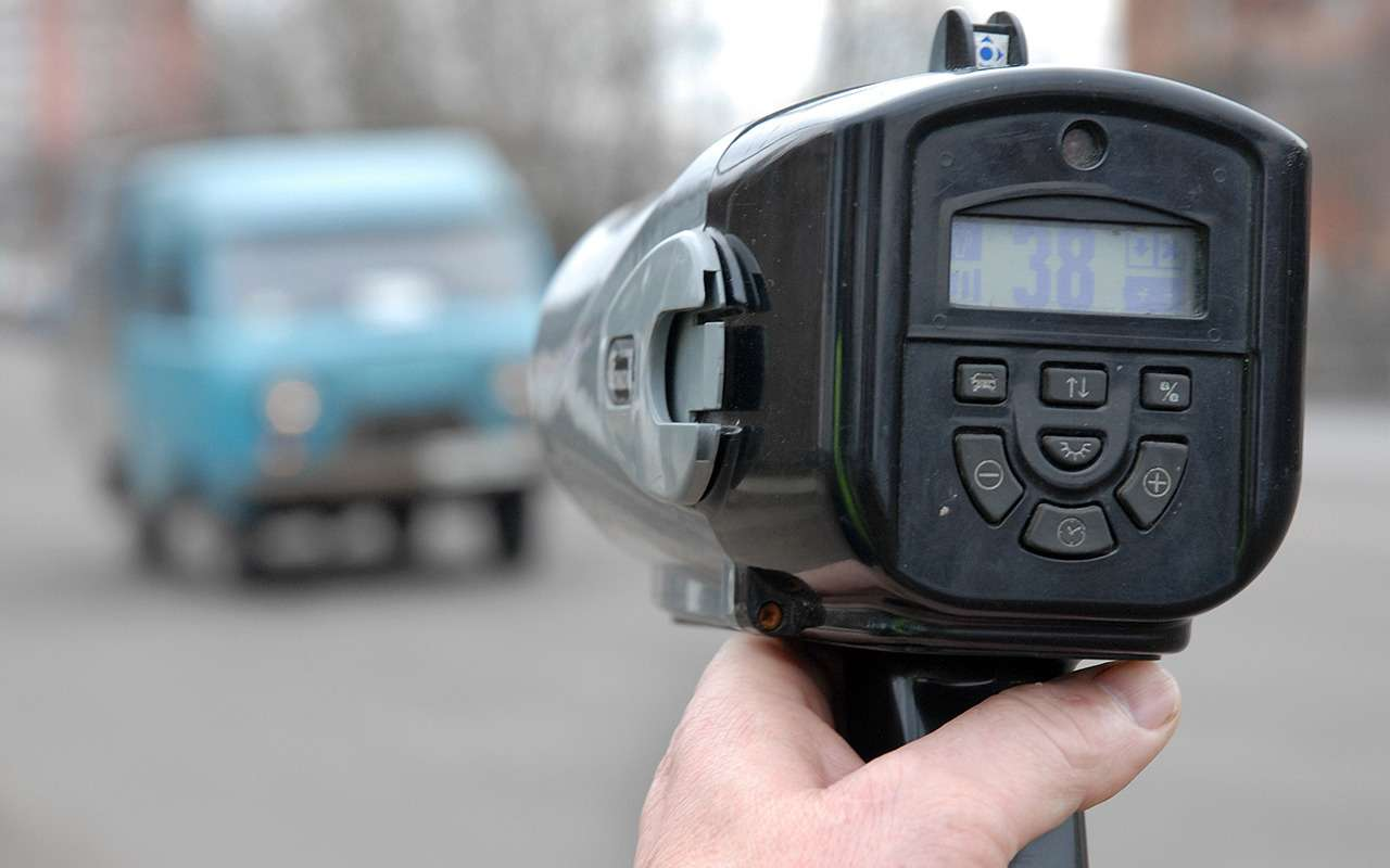 Безопаснее ездить— быстрее или медленнее?— фото 959549