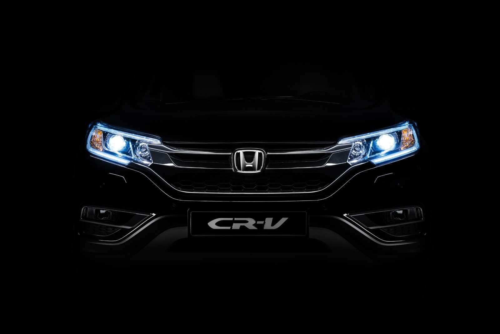 Honda_CR-V_exterior_017