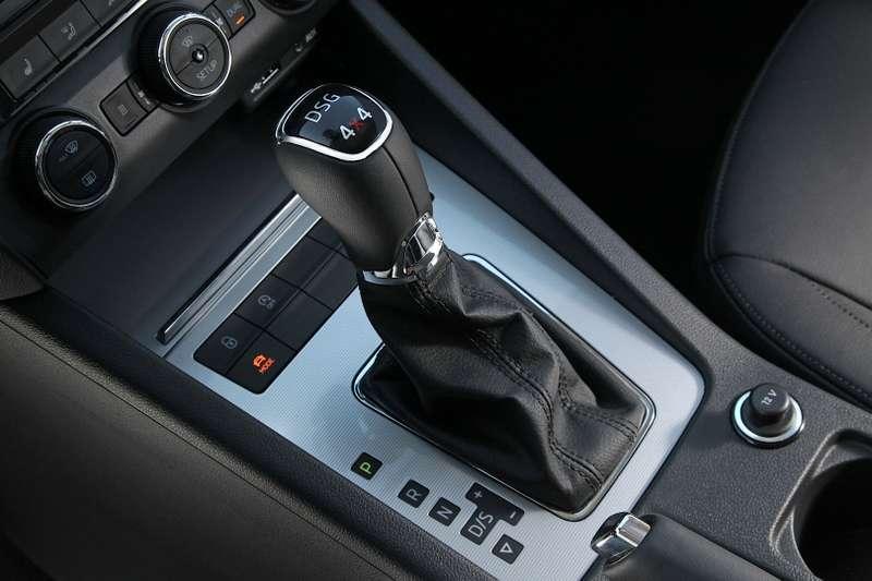 skoda-octavia-combi-hatchback-gets-4x4-system-on-three-tdi-and-one-tsi-engines_3