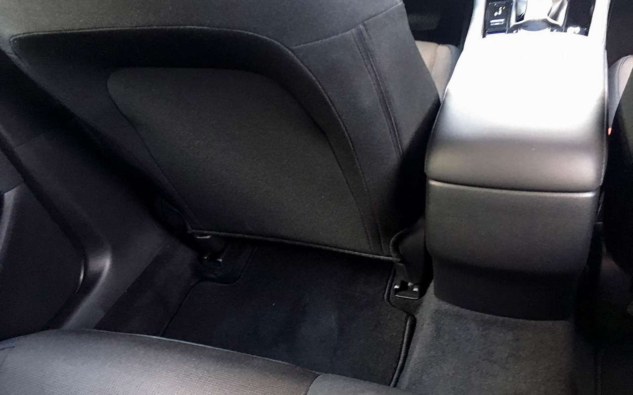 Новая Mazda 3: первый тест-драйв. Неогонь!— фото 994276
