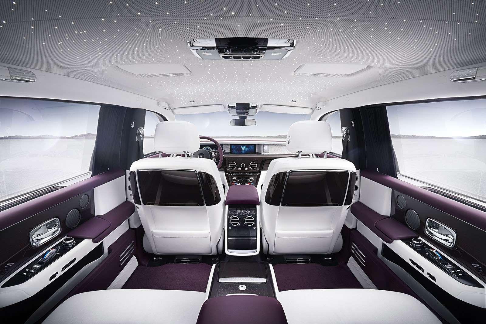 Rolls-Royce Phantom VIII: консервативен снаружи, технологичен внутри— фото 778876