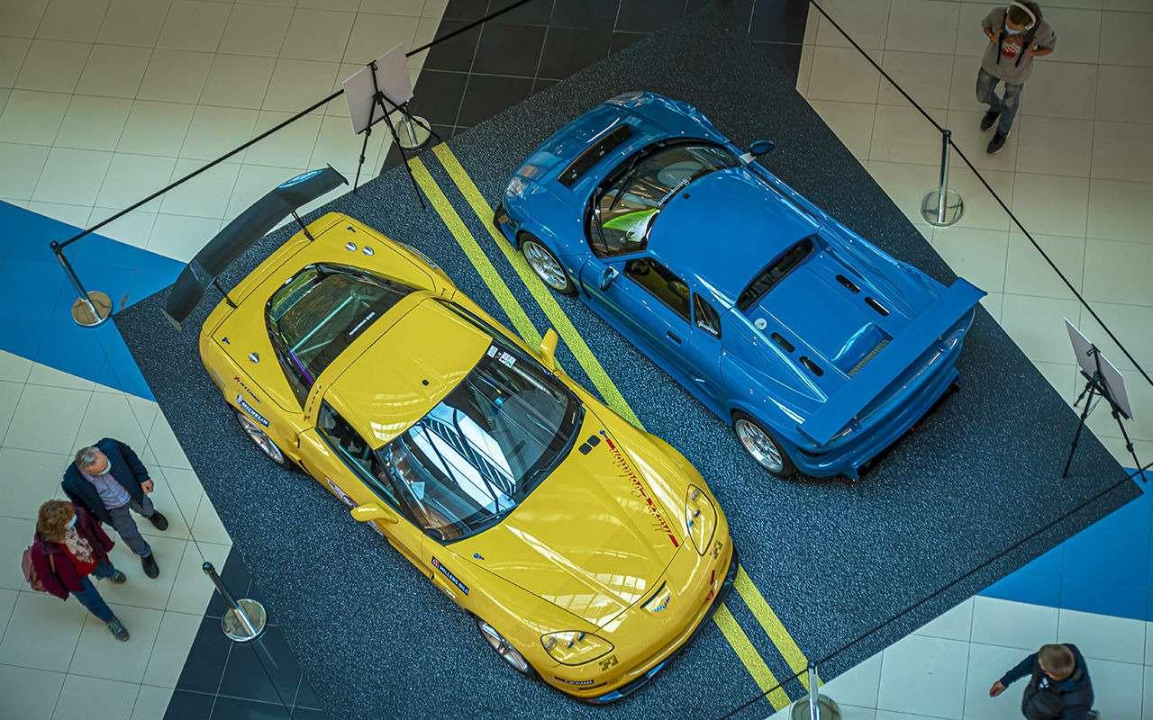 Бэтмобиль идругие прикольные машины (17фото свыставки)— фото 1168678