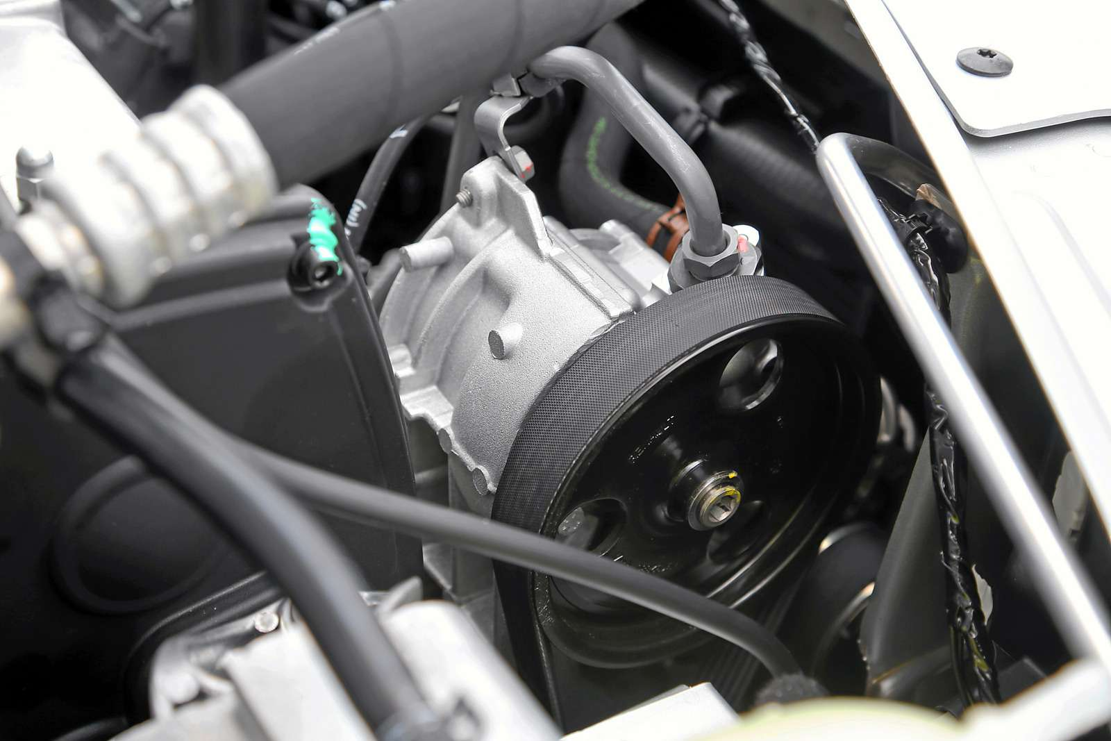 Lada Largus сдвигателем ВАЗ-11189: плюс три силы зарубли— фото 605454