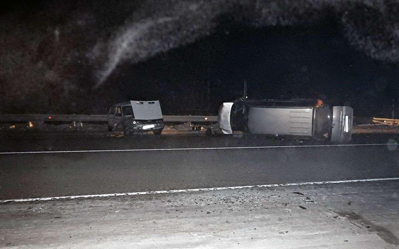 Лишенный прав за«пьянку» водитель устроил ДТП с10пострадавшими— фото 935865