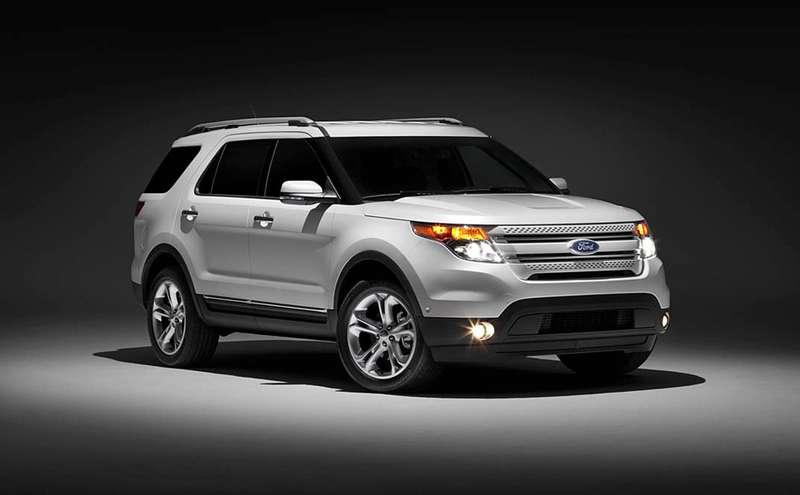 Ford Explorer стартует вРоссии сотметки 1,799 тысяч рублей