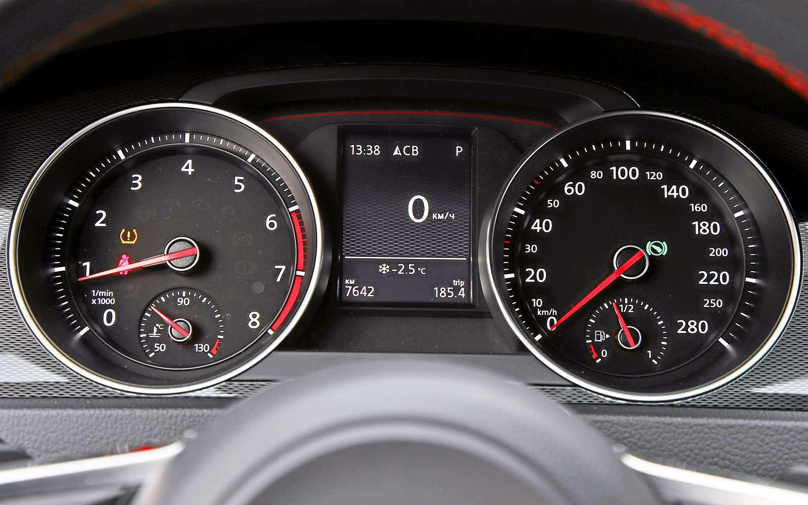 VWGolf GTI против Infiniti Q30—  кто любит погорячее— фото 710181