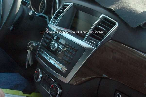 Mercedes-Benz ML 2012_03_no_copyright