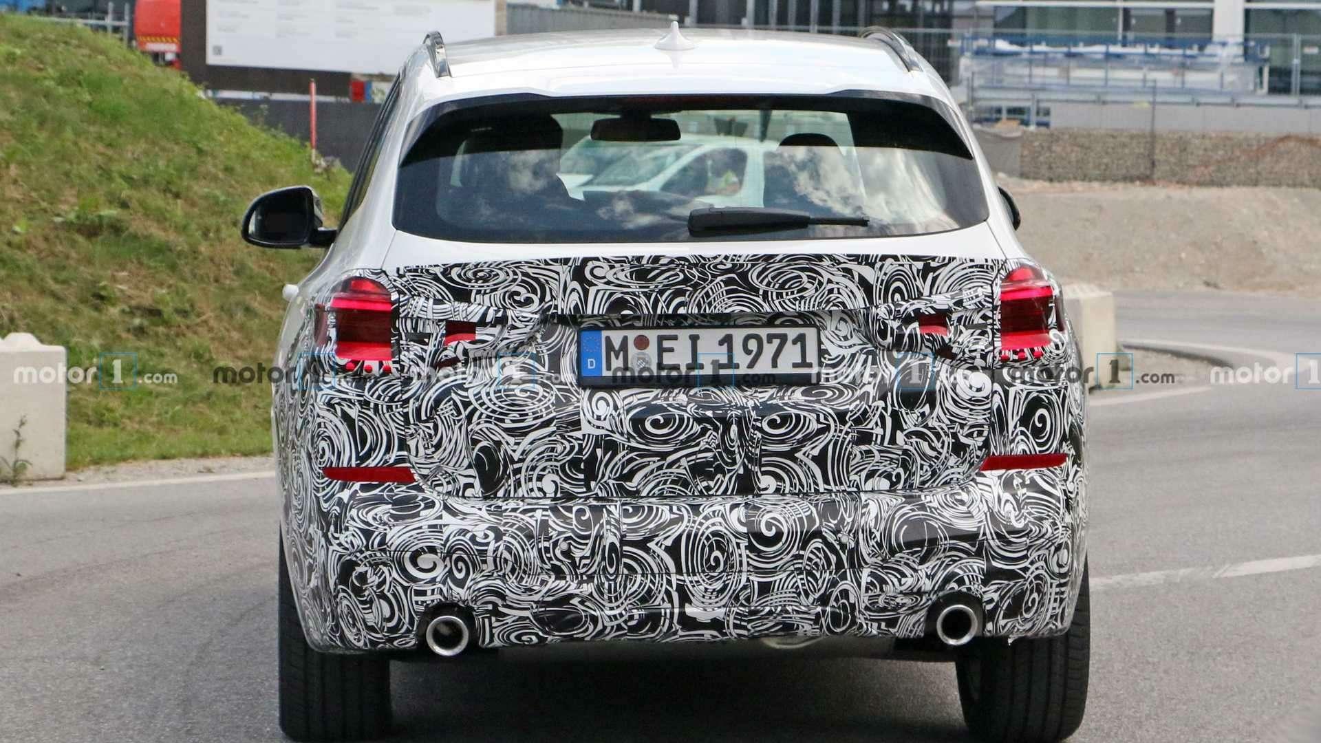 Огромных «ноздрей» не будет: обновленный BMW X3поймали фотошпионы— фото 1155244