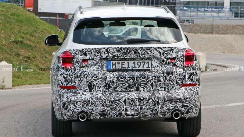 Огромных «ноздрей» не будет: обновленный BMW X3поймали фотошпионы