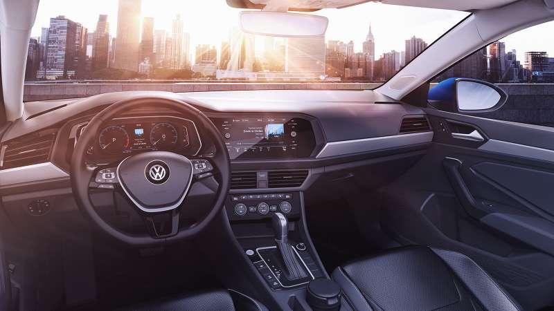 ВДетройте дебютировала VW Jetta седьмого поколения