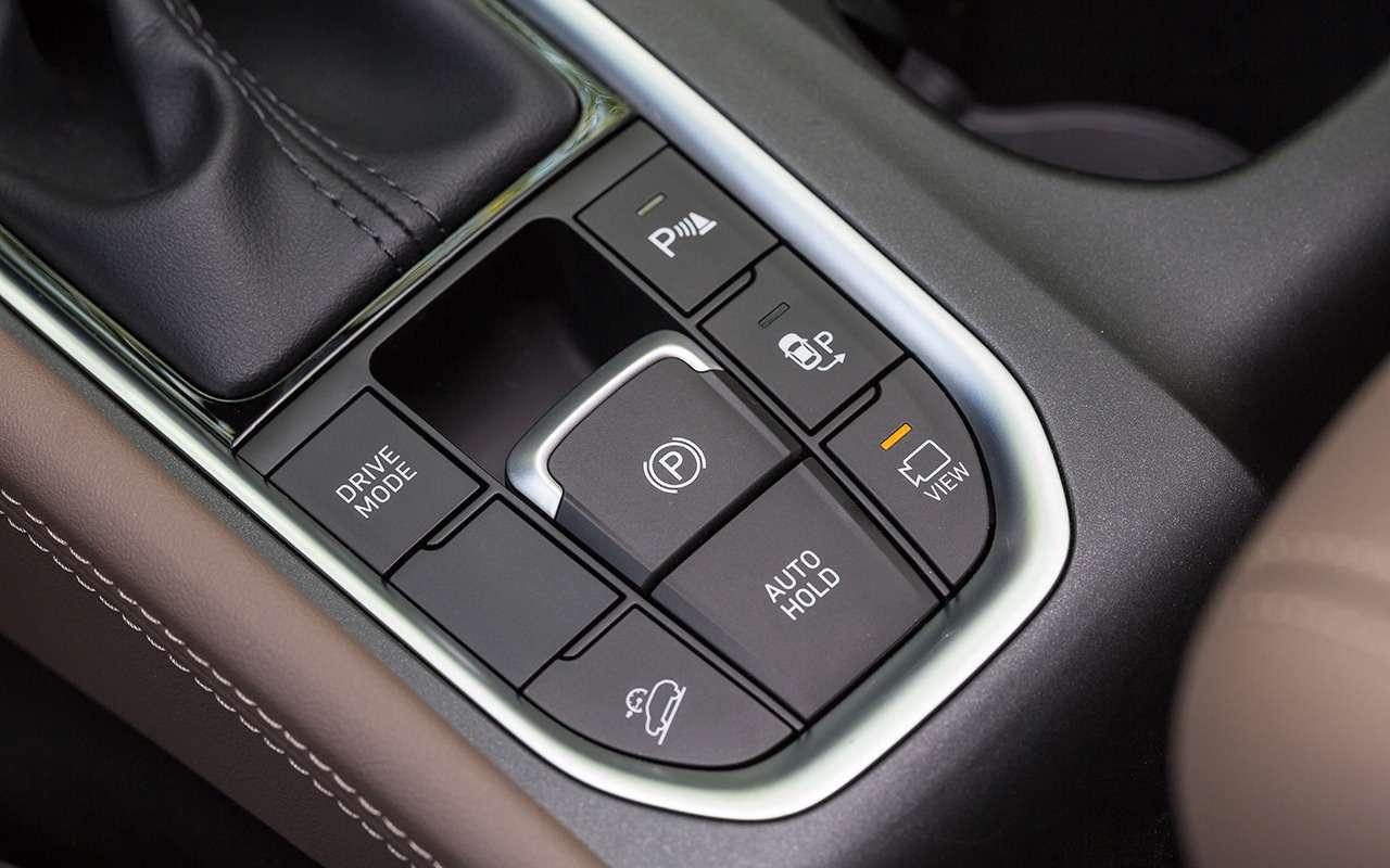 Hyundai Santa Fe: 5плюсов и2особенности, которые нужно учесть перед покупкой— фото 920739