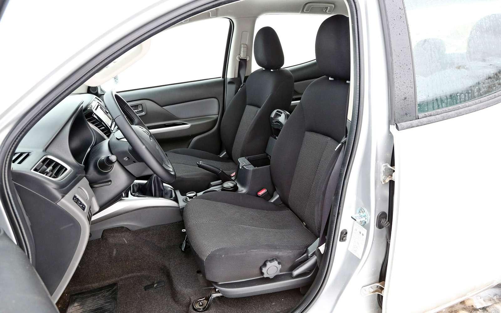 Пикапы Isuzu D-Max, Mitsubishi L200и Toyota Hilux: на«обортаж»!— фото 698457