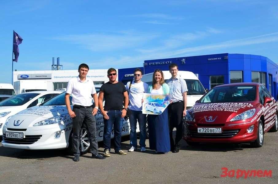 Задва месяца автомарафон Peugeot прошел через 56городов. Омск встретил солнцем.