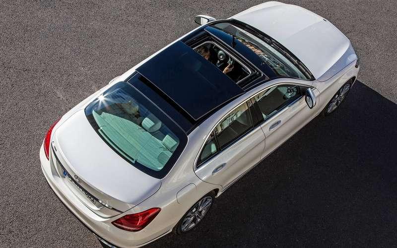 Mercedes-Benz отзывает вРоссии более четырех тысяч машин