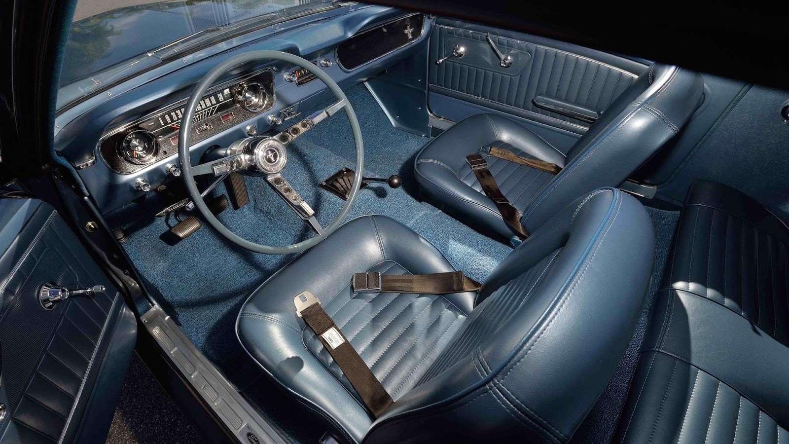 Самое первое купе Ford Mustang потрясет аукцион ценой— фото 726636