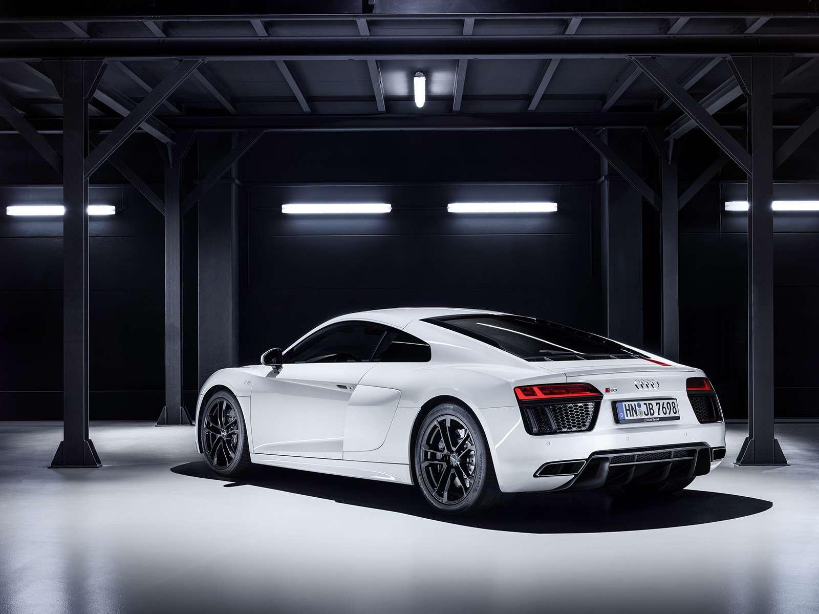 Audi показала свою первую заднеприводную модель— фото 793563