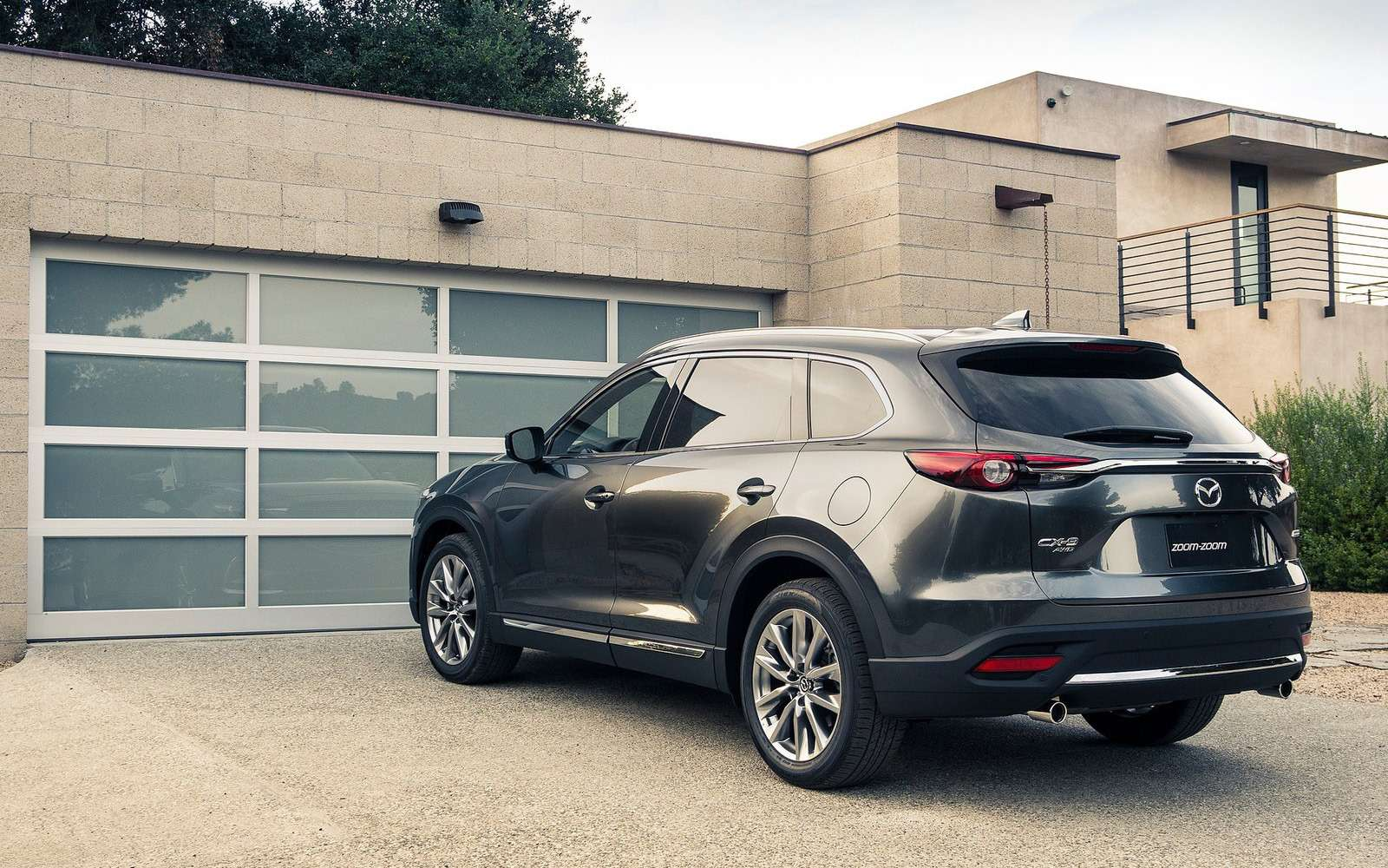 Mazda объявила рублевые цены накроссовер CX-9— фото 786316