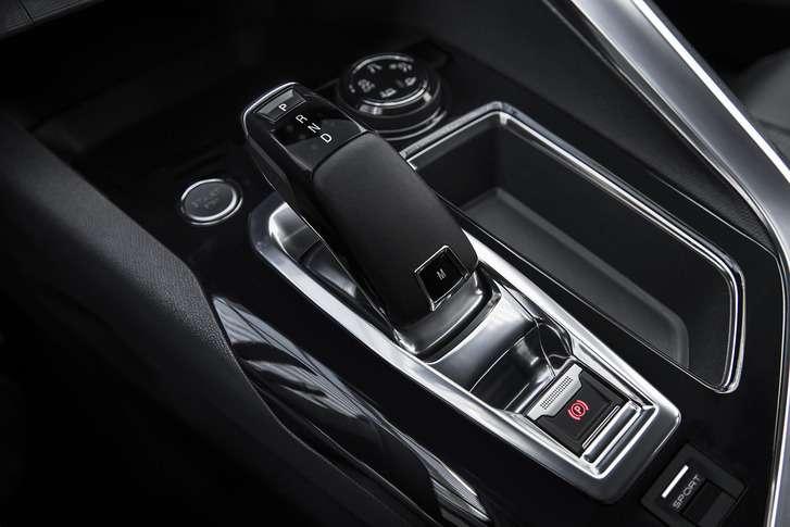 Новый Peugeot 3008 приедет вРоссию вэтом году— фото 697902