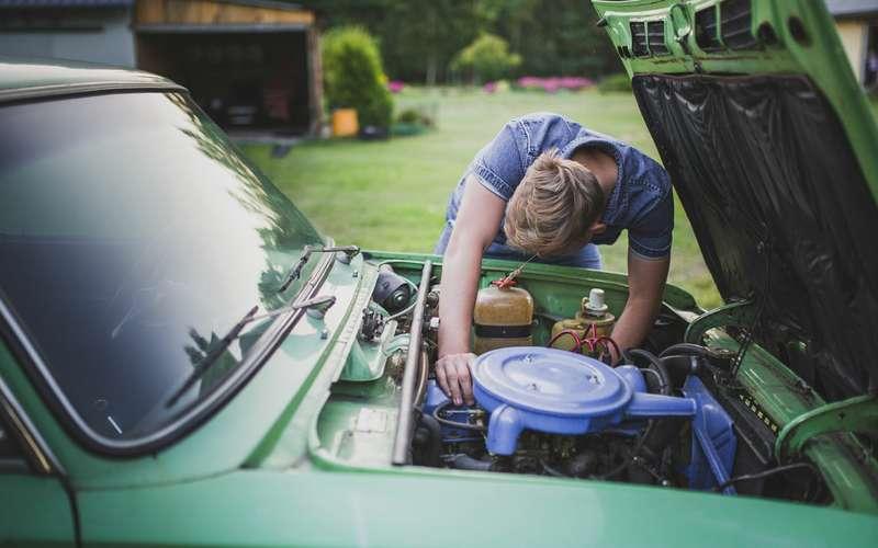 Качество автомобилей надо снижать — они слишком долго служат