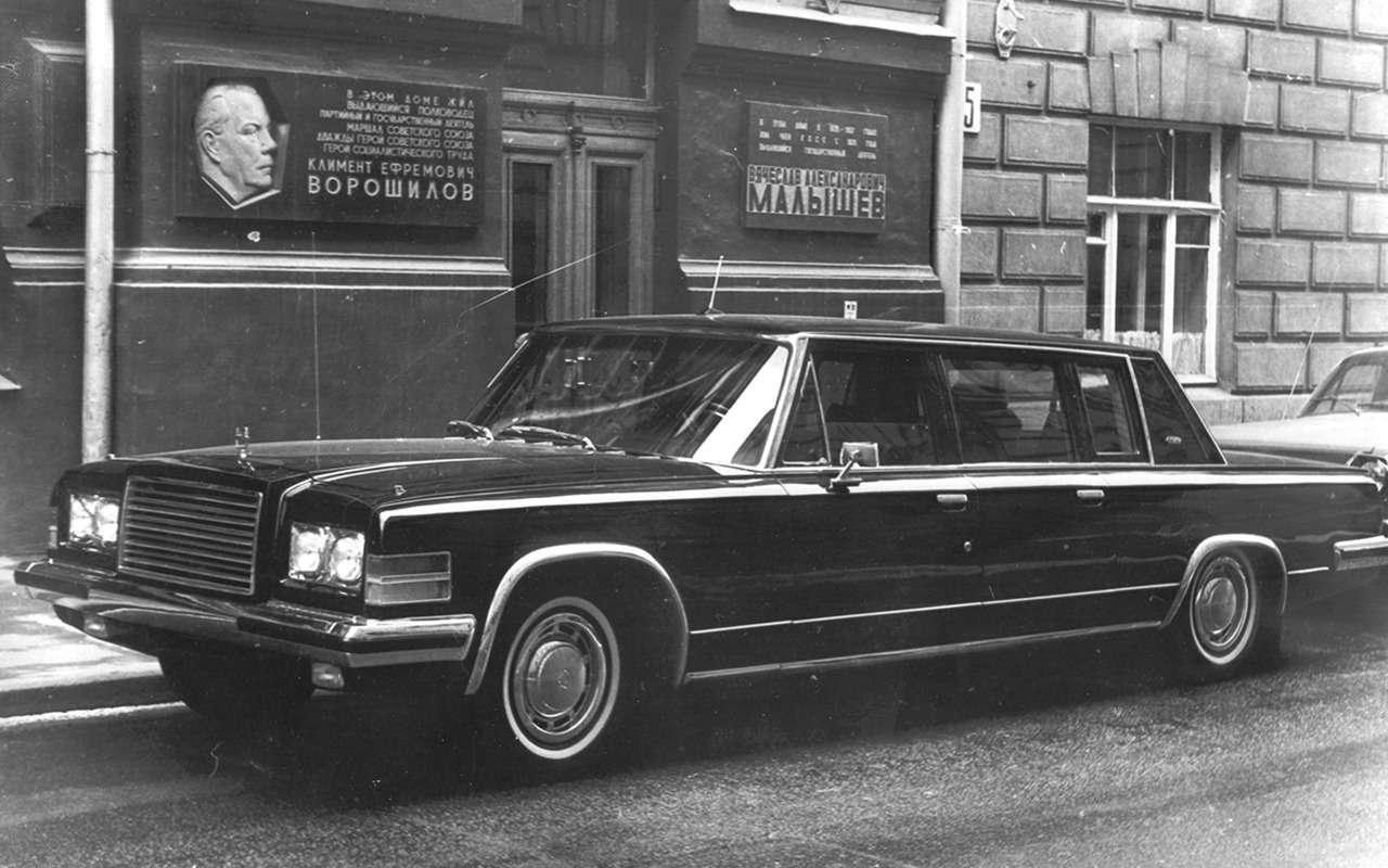 ЗИЛ-4104: лимузин четырех генсеков— фото 1239304