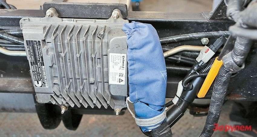 Блок управления двигателем закре- плен нараме открыто— могут украсть!