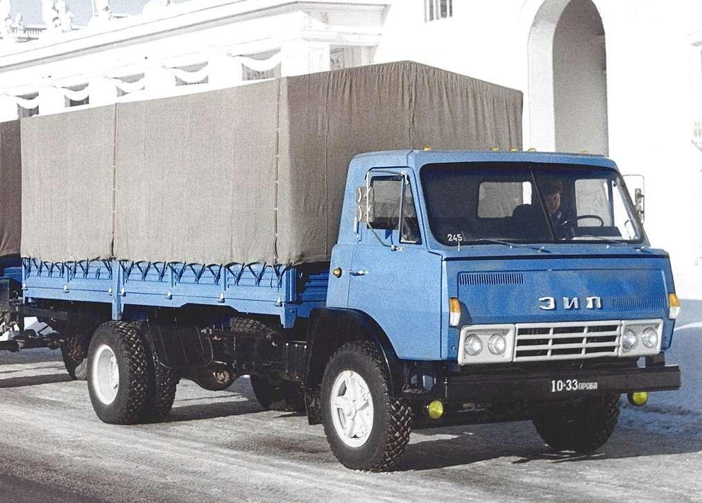 ЗиЛ-175— прототип двухосного грузовика будущего семейства, 1971г.