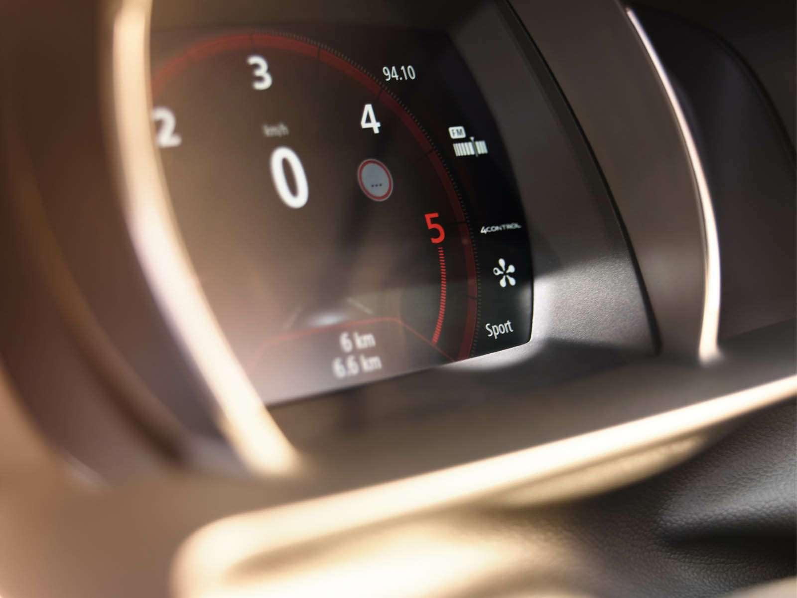 Renault_69963_global_en