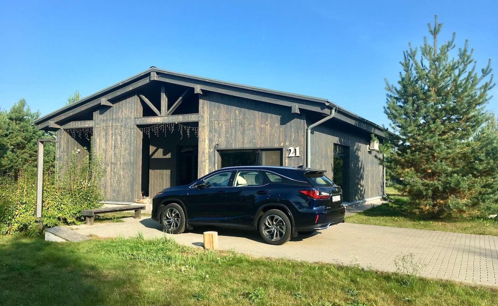 Тест-драйв Lexus RX350L AWD: когда «L»— вовсе не «Long»— фото 915730