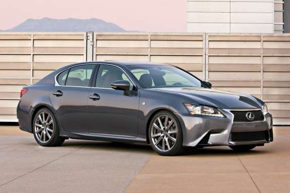 Lexus GS 350 F Sport side-front view