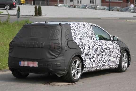 Volkswagen Golf GTI test prototype side-rear view