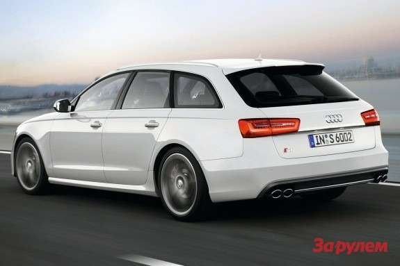 Audi S6 Avant side-rear view