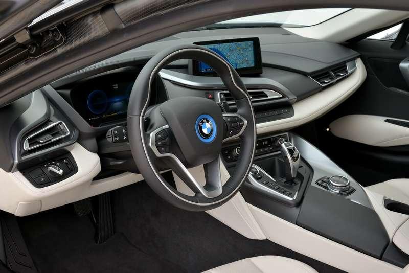 097_BMW_i8