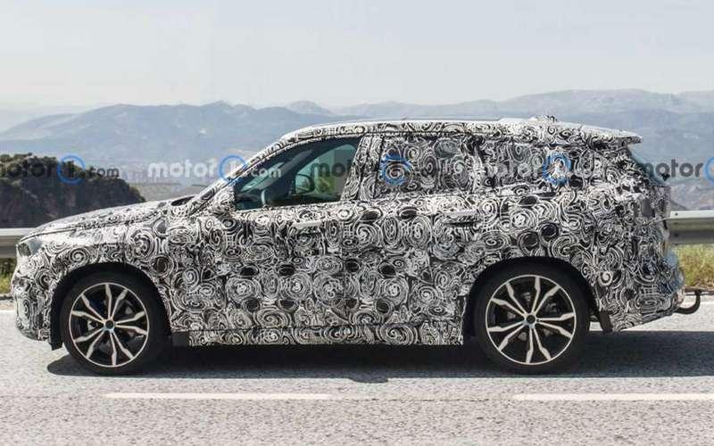 Самый доступный кроссовер BMW - смена поколения