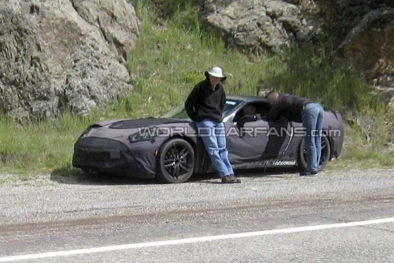New Chevrolet Corvette test prototype side-front view_no_copyright