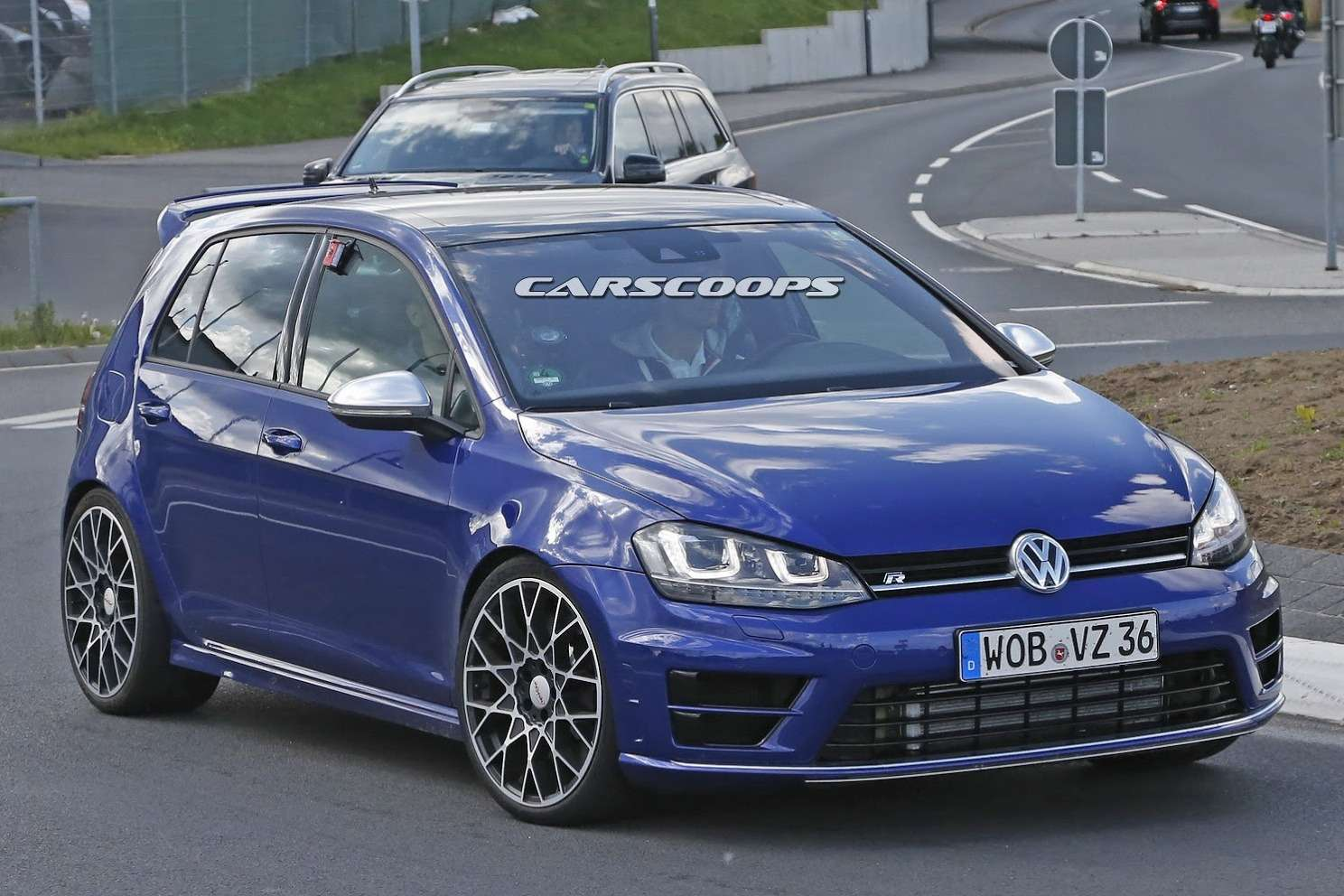 New-VW-Golf-R400-3