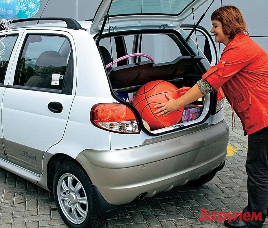 Если сложить второй ряд, получится багажник объемом 450л.